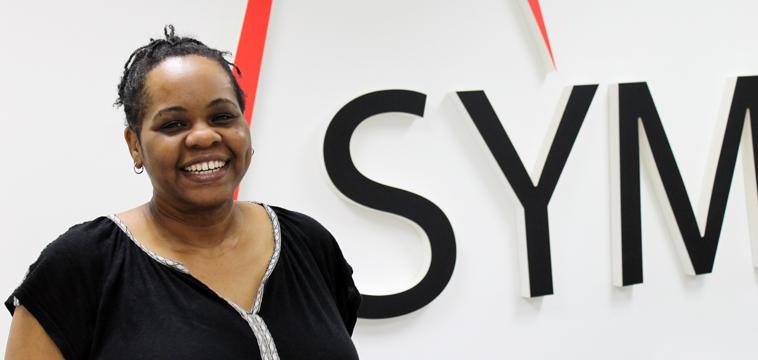 Yalanda Thomas, Customer Relationship Representative
